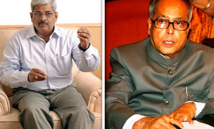pranab seeing 2g file does not mean approving it gopalan