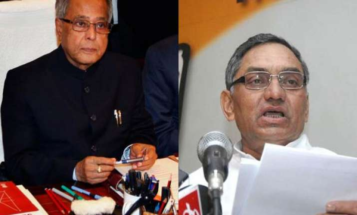 pranab writes to state govts to cut st vat on fuel