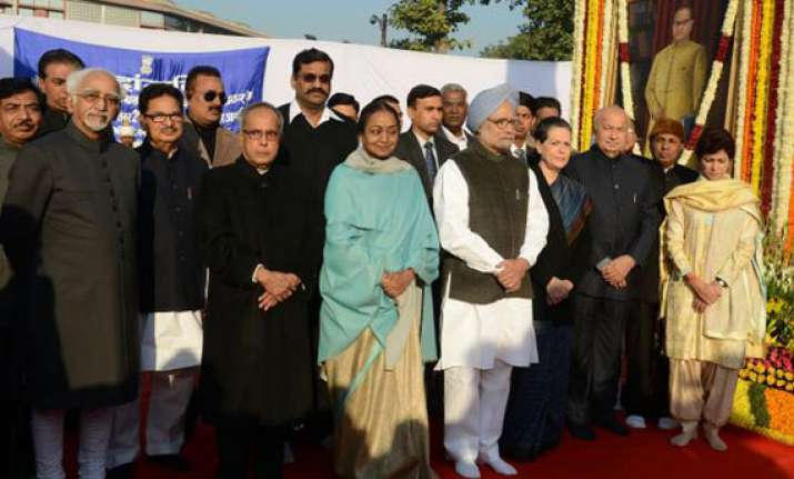 president pm pay tribute to ambedkar