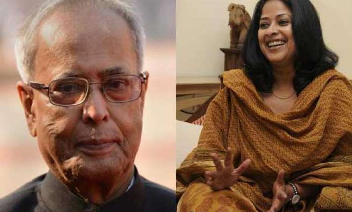president pranab s daughter joins protest against outages