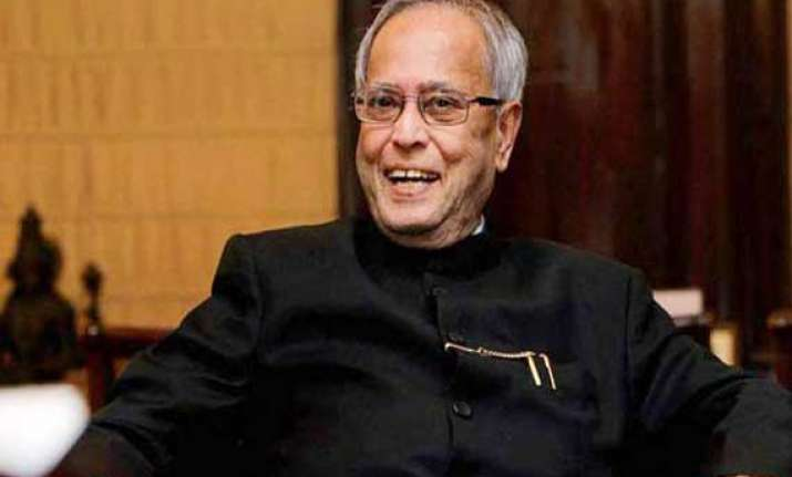 president pranab mukherjee to present hindi sevi samman