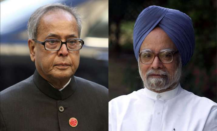 president hosts dinner for manmohan cabinet colleagues
