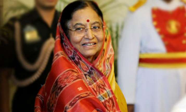 president commuted death penalty of 23 to life during her