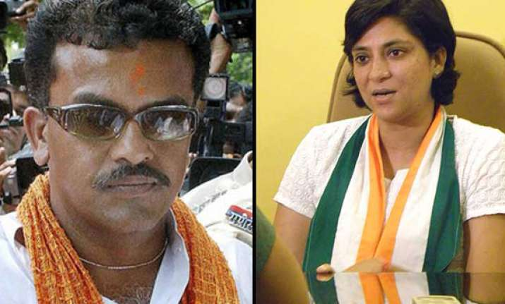 priya dutt sanjay nirupam come out in support of strong