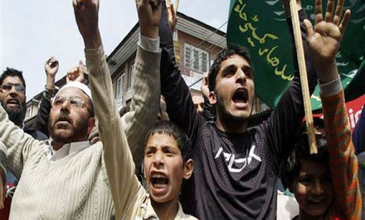 protests in kupwara after a man dies in army firing