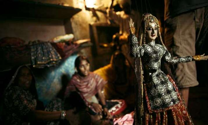 puppeteers artists refused to vacate kathputli colony