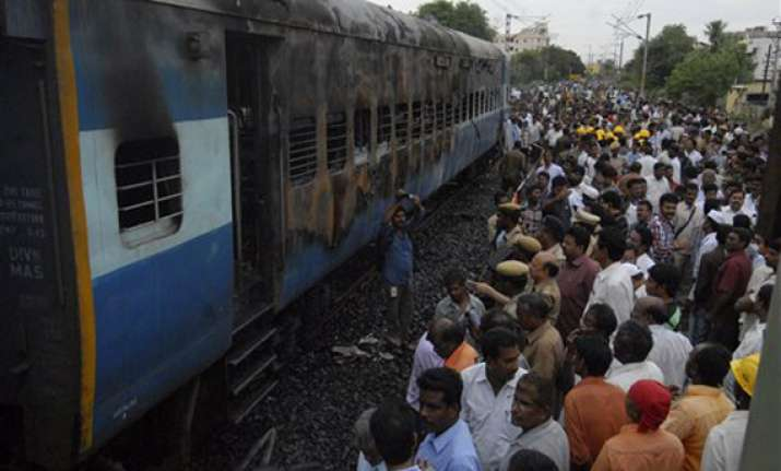 puri ahmedabad train s engine catches fire near raipur