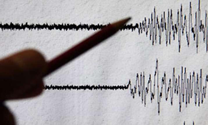 quake jolts delhi ncr chennai parts of north east india