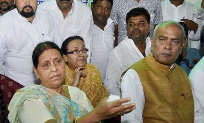 rabri devi to lead rjd in convicted lalu s absence
