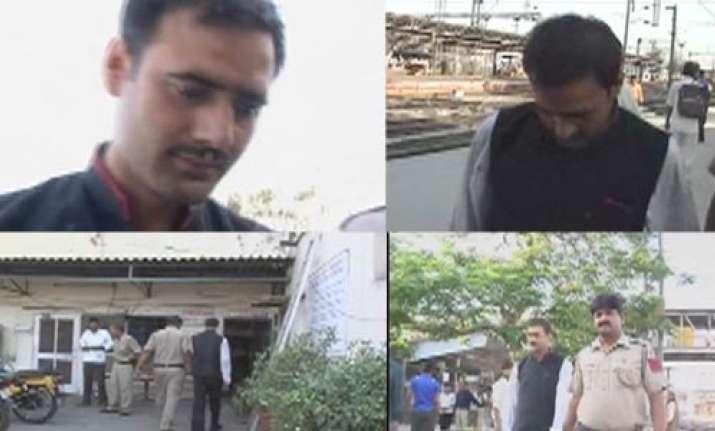 railway waiter held for molesting girl on rajdhani express