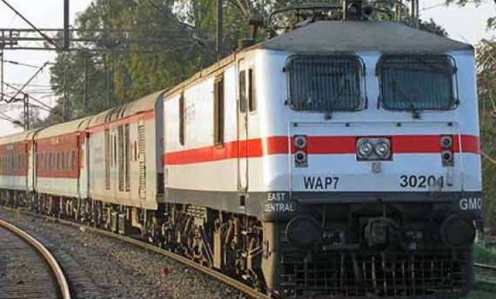 railways asked to pay rs 25k for changing reservation status