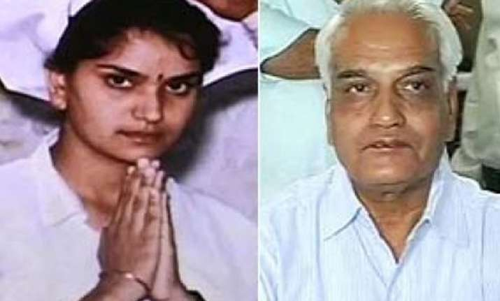 rajasthan hc pulls up cbi over bhanwari devi probe