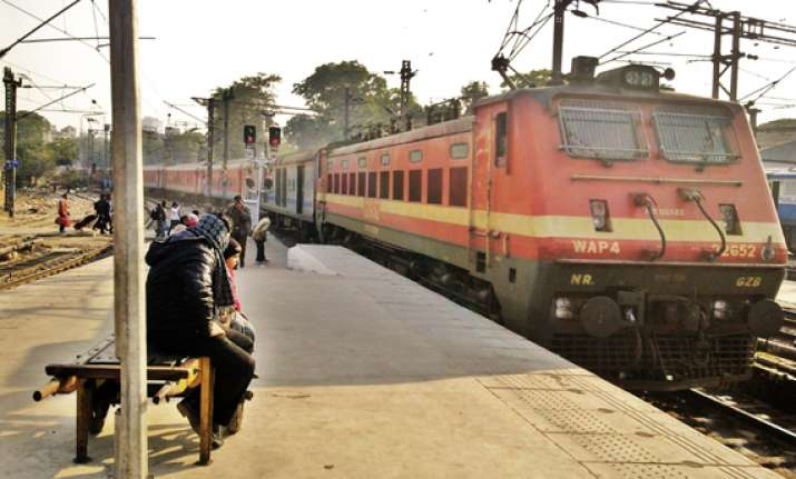 rajdhani express stalled by angry passengers over poor