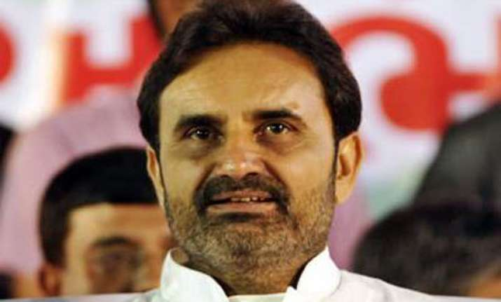 read list of congress candidates for ls polls gujarat