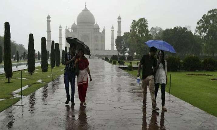 record rains in agra