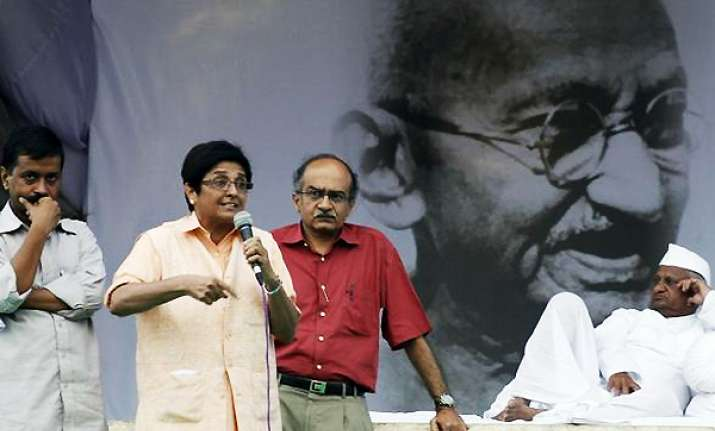 rift in team anna on bhushan members dismayed at flip flop