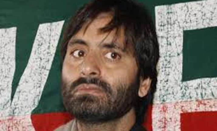rifts surface in kashmir s separatist ranks