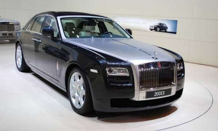 rolls royce to return to govt rs 18 cr paid to commission