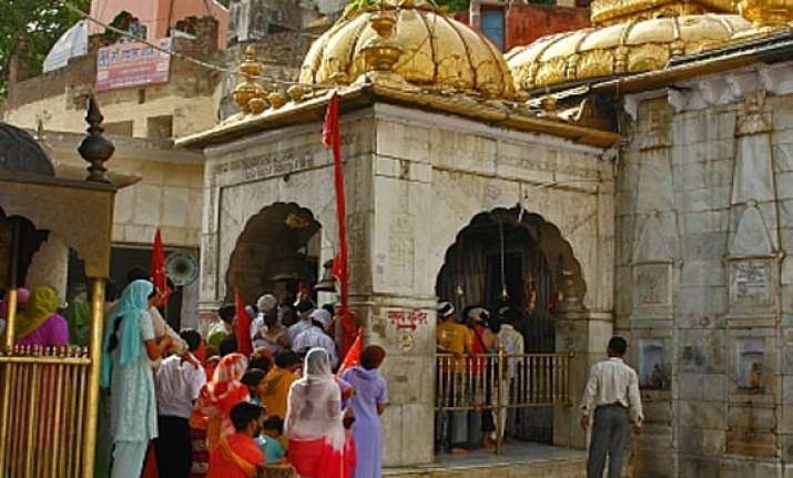 rush in himachal temples for navratras