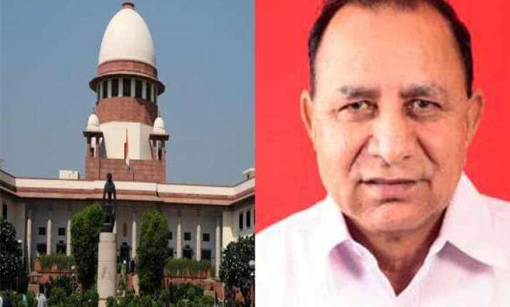 sc clean chit to gujarat minister in murder case