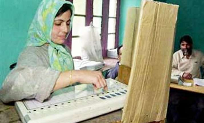 sc reschedules wb panchayat polls to be held in 5 phases
