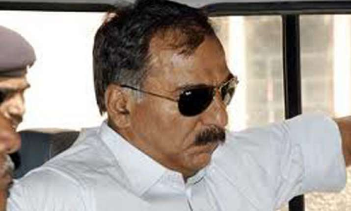 sc grants bail to ias officer pradeep sharma