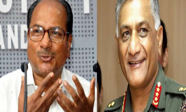 sc poses questions to govt on army chief s age row