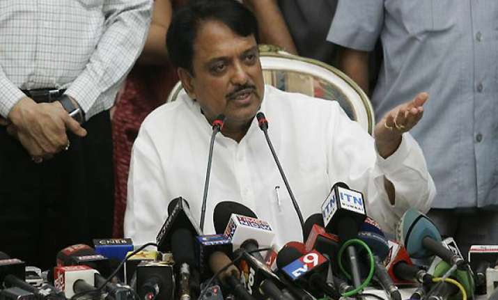 sc refuses to stay hc verdict remarks against vilasrao