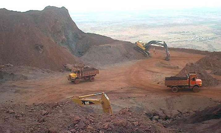 sc suspends mining activities in bellary