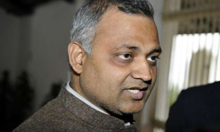 sdmc engineers burn aap leader somnath bharti s effigy