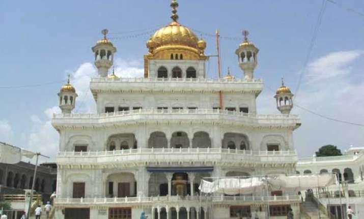 sgpc row akal takht cautions haryana against congress move