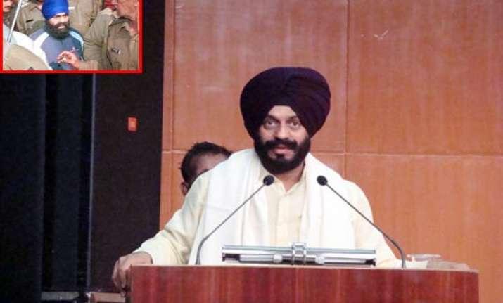 sgpc steps in to save bhullar bitta opposes mercy plea