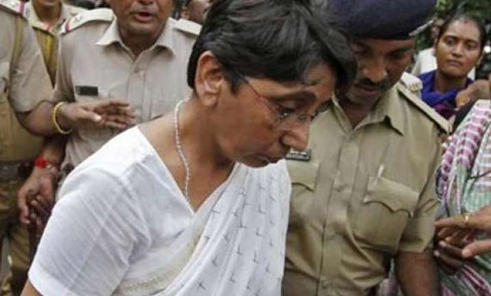 sit to move sc against gujarat high court s bail to maya
