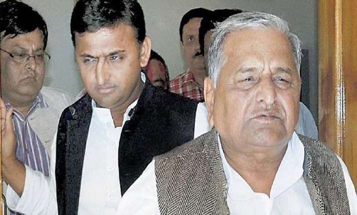 sp to chose cm after holi clamour for akhilesh