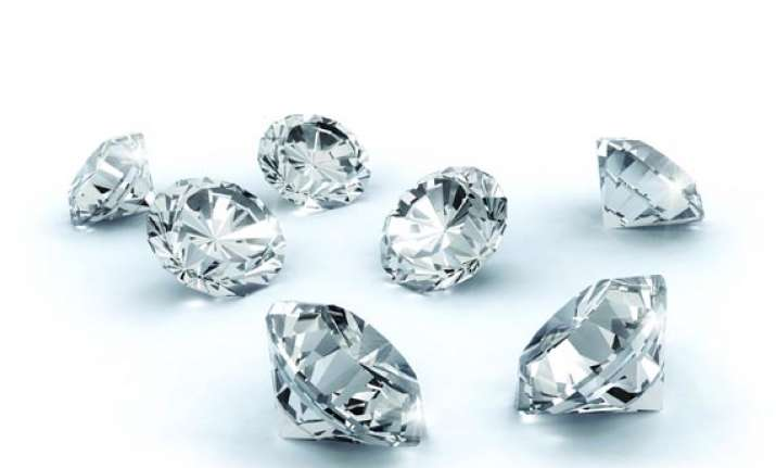 sachet containing rs 4.5 cr worth diamonds stolen from