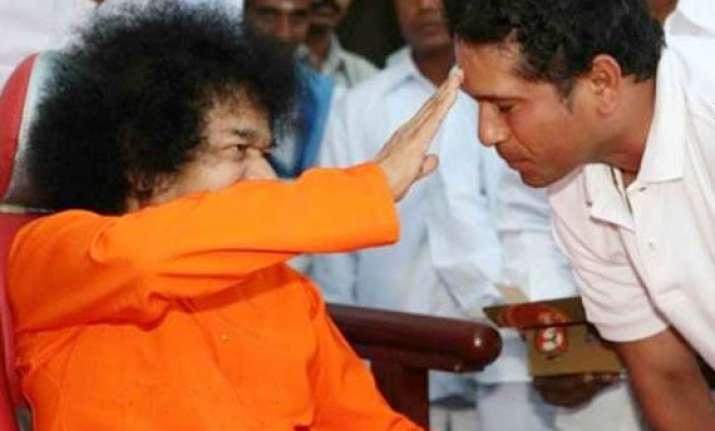 sachin may not celebrate birthday due to sathya sai s health