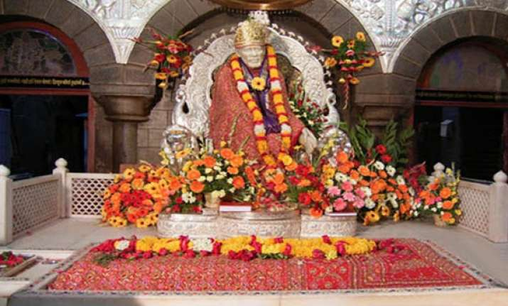 sai devotees can now book rooms in shirdi online