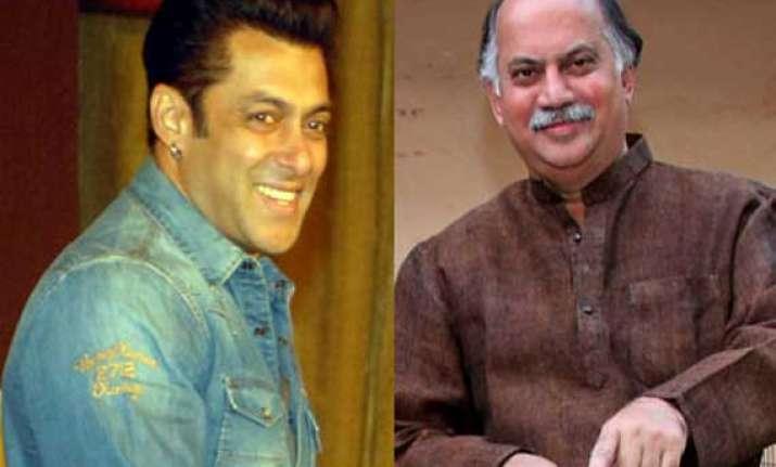 salman khan supports congress candidate gurudas kamat in