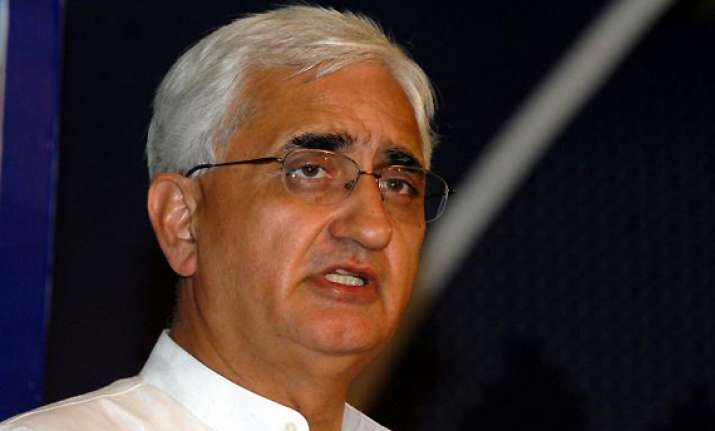 salman khurshid says govt civil society discord should not