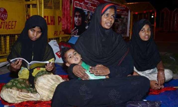 sand mining mafia in kerala jazeera ends protest after