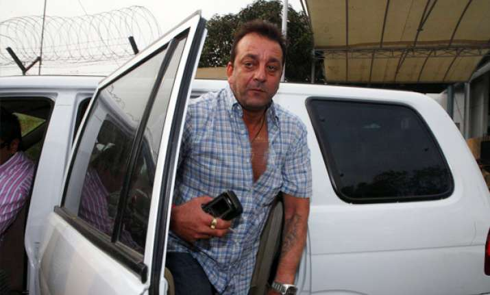 sanjay dutt campaigns for congress in up