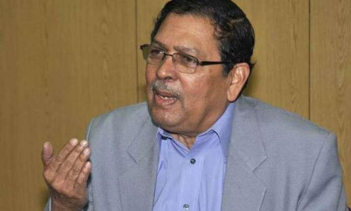 santosh hegde favours legal regulations over media