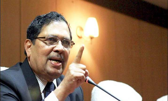 santosh hegde says team anna s campaign in hisar was not