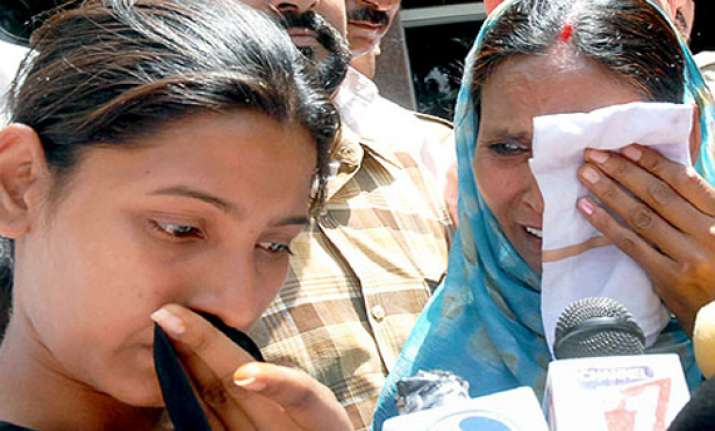 sarabjit s family crestfallen after mix up on release