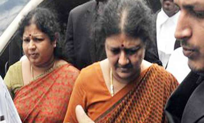 sasikala gives clean chit to jaya in wealth case