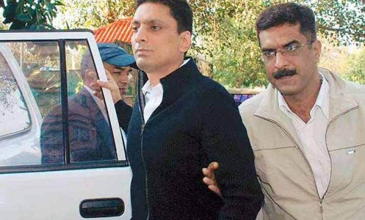 shahid balwa follows a raja to tihar jail