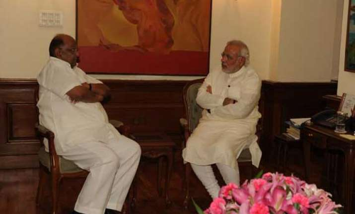 sharad pawar meets pm to discuss poor monsoon situation
