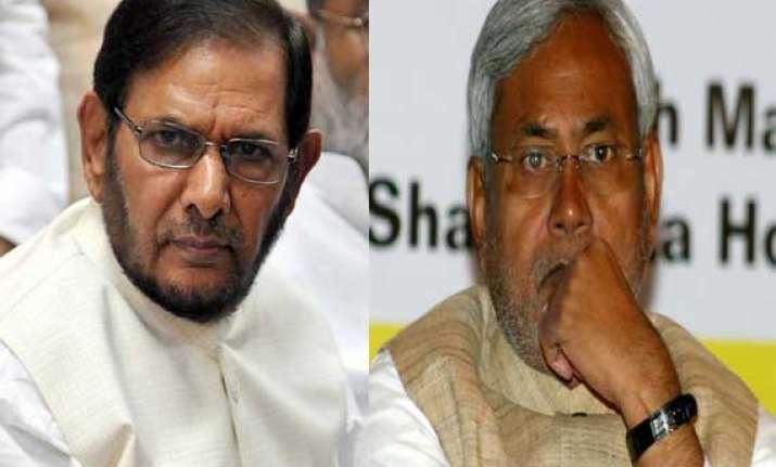 sharad yadav slams nitish for practicing caste based