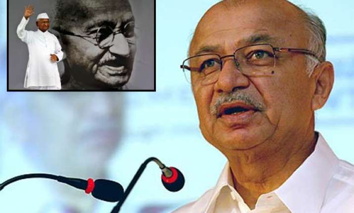 shinde willing to talk to hazare if pm desires so