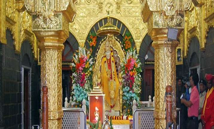 shirdi s sai baba temple gets rs 3.44 cr donation in 3 days